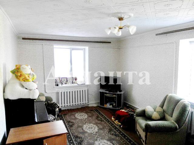 Продается 2-комнатная квартира на ул. Центральная — 18 000 у.е.