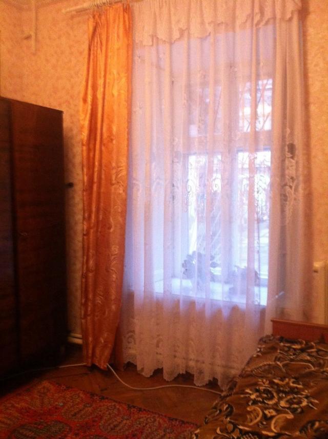 Продается 3-комнатная квартира на ул. Нежинская — 23 000 у.е.