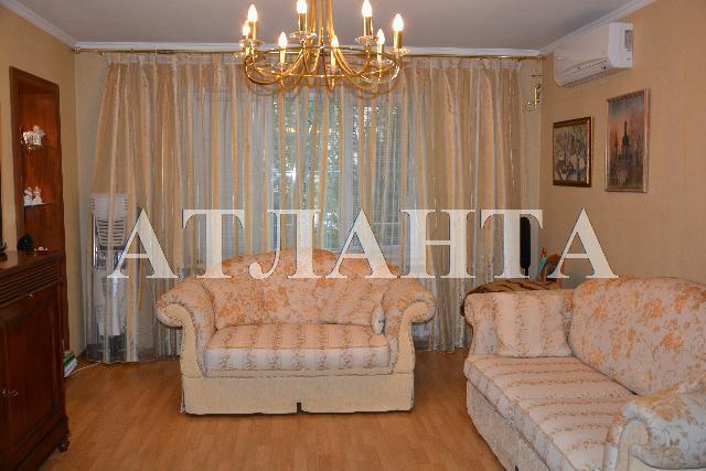Продается 3-комнатная квартира на ул. Тополевая — 75 000 у.е.