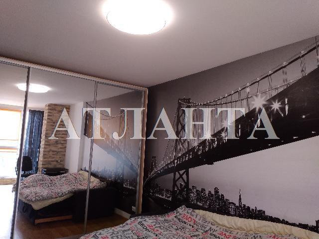 Продается 1-комнатная квартира на ул. Среднефонтанская — 62 000 у.е.