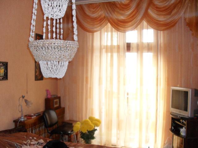 Продается 4-комнатная квартира на ул. Гагарина Пр. — 75 000 у.е.