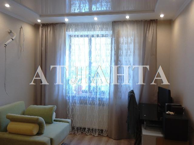 Продается 3-комнатная квартира на ул. Академика Вильямса — 85 000 у.е.
