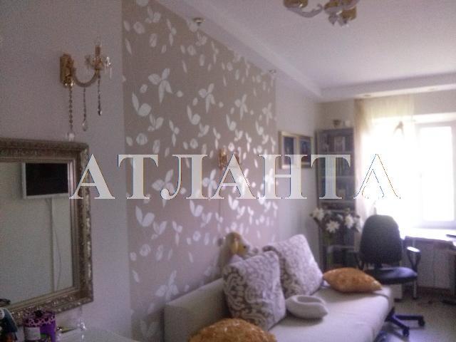 Продается 2-комнатная квартира на ул. Варненская — 37 000 у.е.