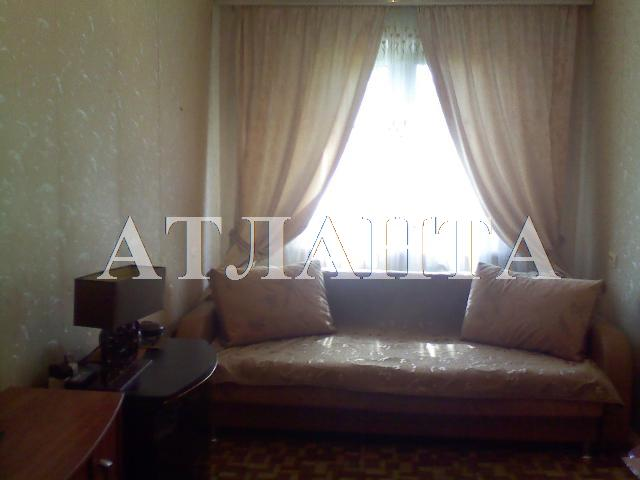 Продается 2-комнатная квартира на ул. Петрова Ген. — 33 000 у.е.