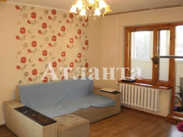 Продается 3-комнатная квартира на ул. Проспект Добровольского — 55 000 у.е.
