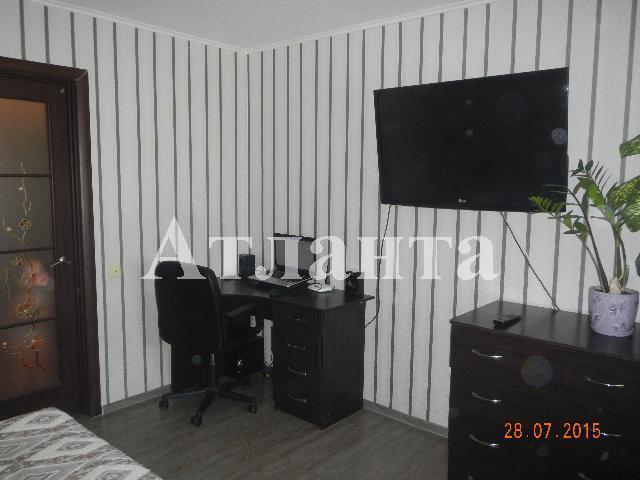 Продается 2-комнатная квартира на ул. Днепропетр. Дор. — 49 000 у.е.