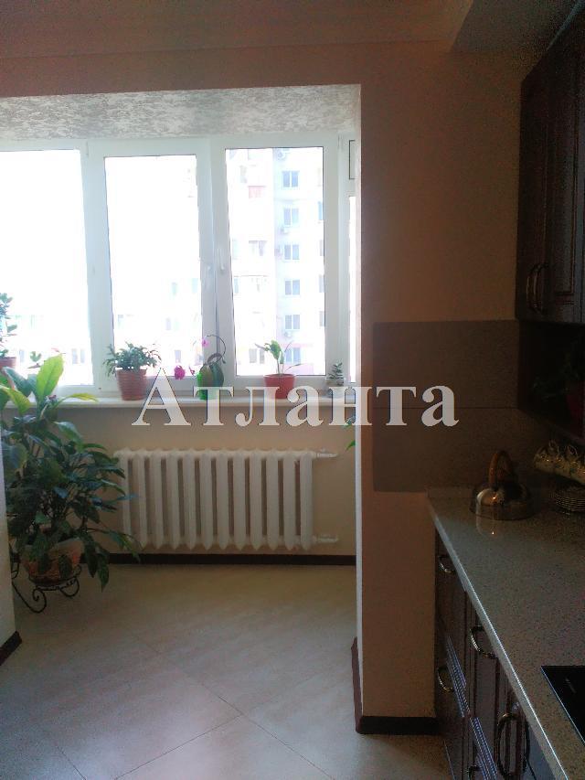 Продается 2-комнатная квартира на ул. Заболотного Ак. — 55 000 у.е. (фото №11)