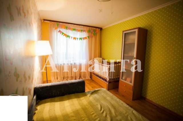 Продается 4-комнатная квартира на ул. Днепропетр. Дор. — 75 000 у.е.