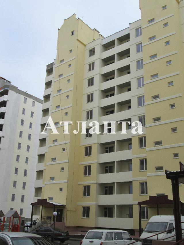 Продается 1-комнатная квартира на ул. Бочарова Ген. — 28 200 у.е.