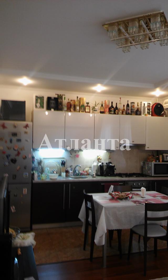Продается 2-комнатная квартира на ул. Заболотного Ак. — 79 000 у.е.