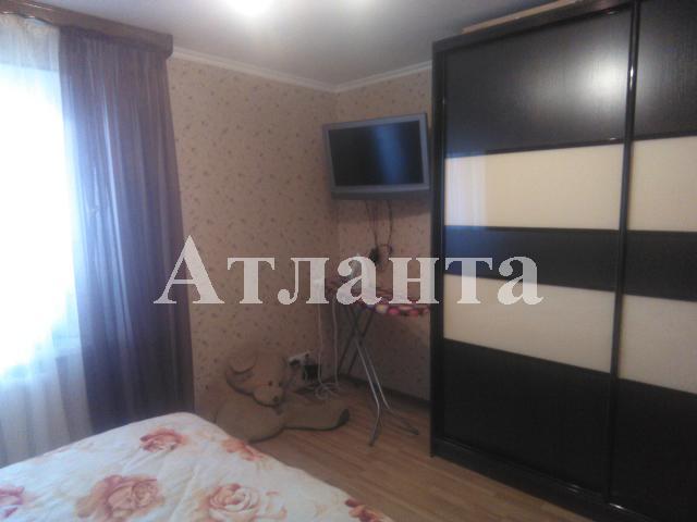 Продается 2-комнатная квартира на ул. Днепропетр. Дор. — 45 000 у.е.