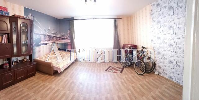 Продается 3-комнатная квартира на ул. Высоцкого — 55 000 у.е.