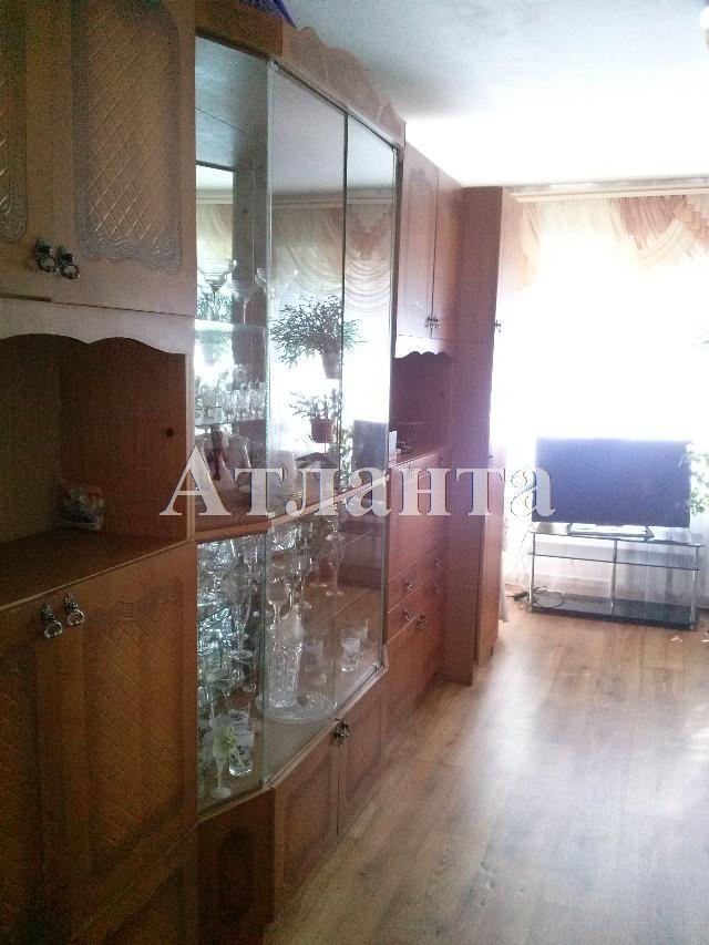 Продается 3-комнатная квартира на ул. Проспект Добровольского — 43 000 у.е.