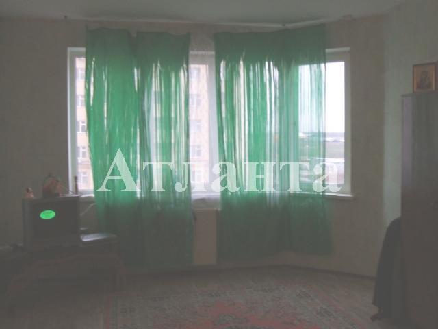 Продается 2-комнатная квартира на ул. Сахарова — 45 000 у.е.