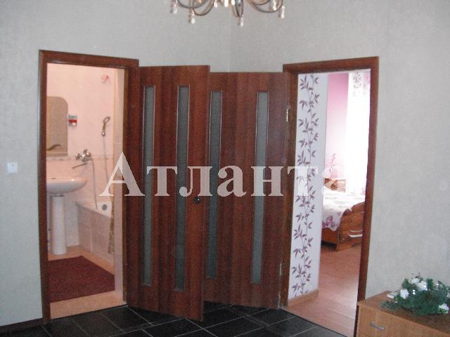 Продается 3-комнатная квартира на ул. Лиманная — 50 000 у.е.