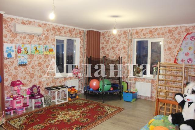 Продается 3-комнатная квартира на ул. Сахарова — 75 000 у.е.