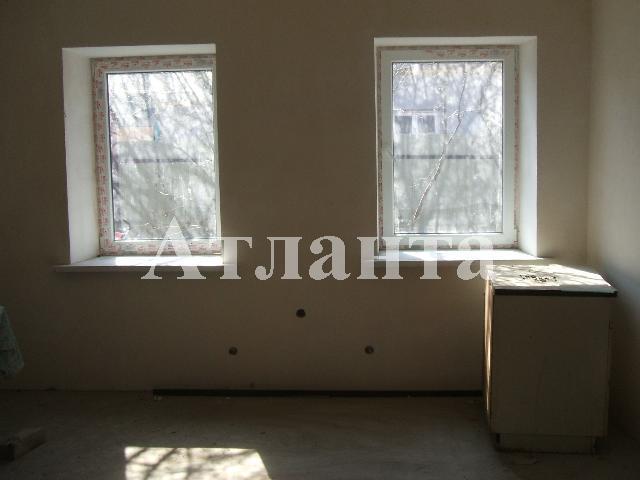 Продается 2-комнатная квартира на ул. Николаевская Дор. — 28 000 у.е.