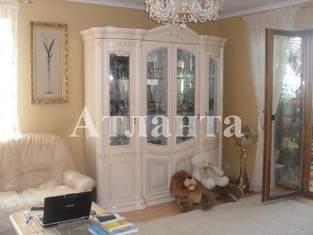 Продается 3-комнатная квартира на ул. Проспект Добровольского — 85 000 у.е.