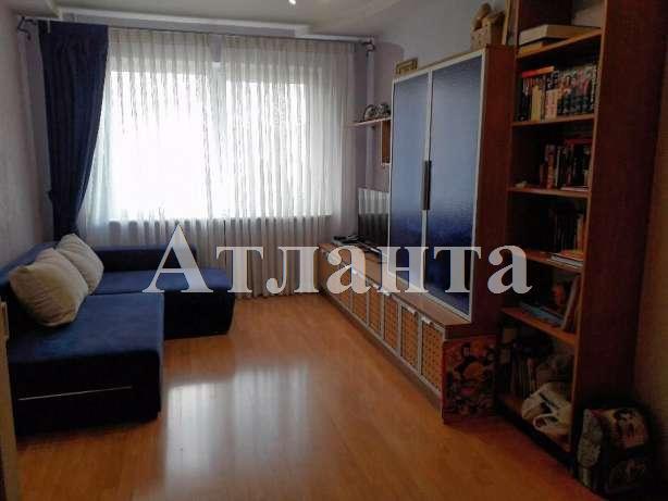Продается 3-комнатная квартира на ул. Высоцкого — 65 000 у.е.