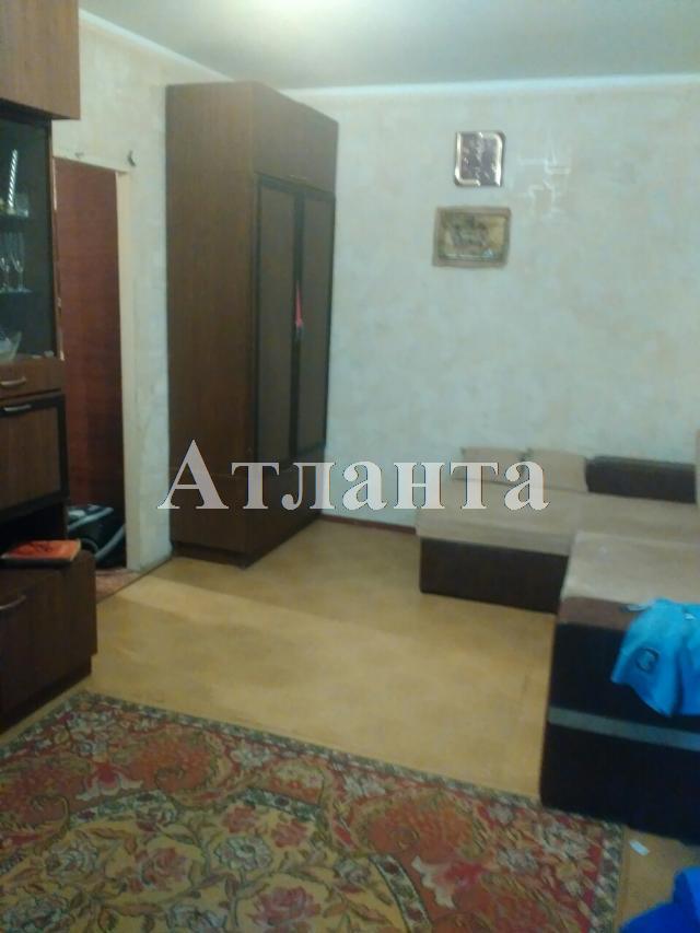 Продается 3-комнатная квартира на ул. Проспект Добровольского — 34 000 у.е.