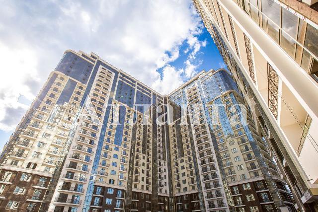Продается 1-комнатная квартира в новострое на ул. Французский Бул. — 74 000 у.е.