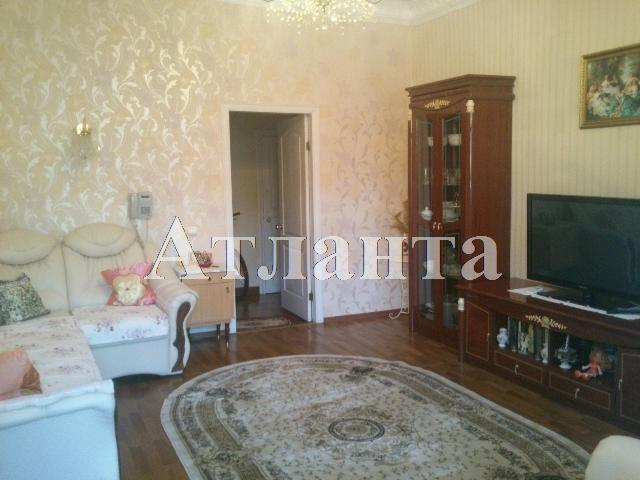 Продается 4-комнатная квартира на ул. Коблевская — 80 000 у.е.