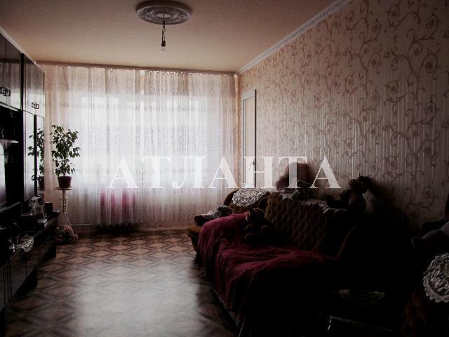 Продается 3-комнатная квартира на ул. Сахарова — 54 000 у.е.
