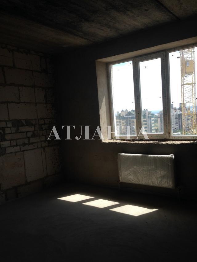 Продается 2-комнатная квартира на ул. Сахарова — 41 000 у.е.