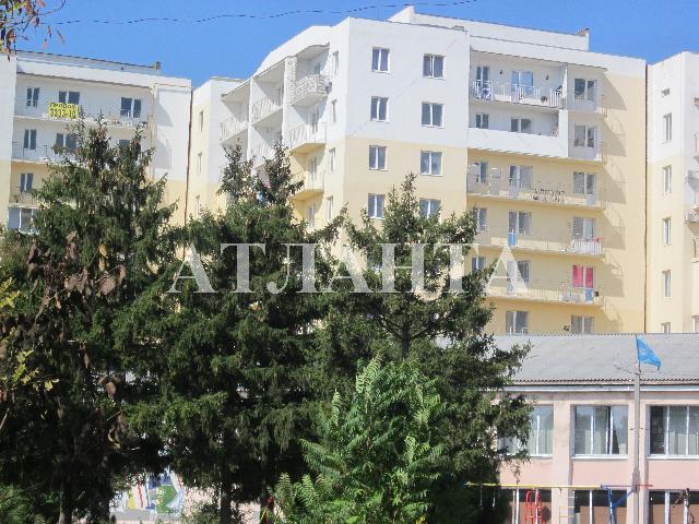 Продается 3-комнатная квартира на ул. Центральная — 65 000 у.е.