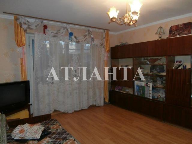 Продается 4-комнатная квартира на ул. Проспект Добровольского — 49 000 у.е.