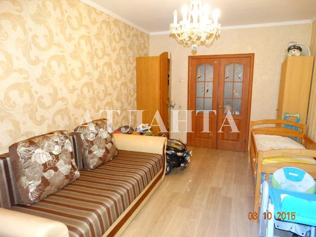 Продается 3-комнатная квартира на ул. Днепропетр. Дор. — 43 000 у.е.