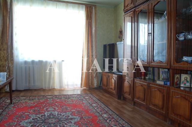 Продается 4-комнатная квартира на ул. Заболотного Ак. — 45 000 у.е.