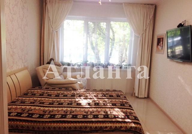 Продается 3-комнатная квартира на ул. Днепропетр. Дор. — 65 000 у.е.
