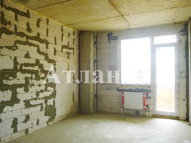 Продается 1-комнатная квартира на ул. Бочарова Ген. — 16 000 у.е.