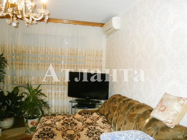 Продается 3-комнатная квартира на ул. Высоцкого — 47 000 у.е.
