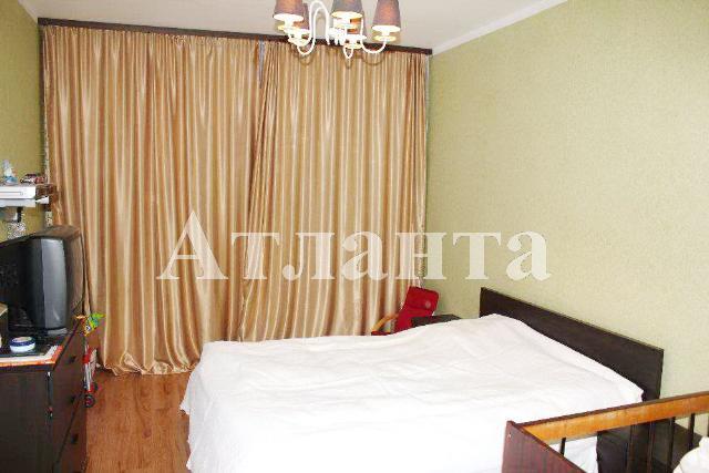Продается 2-комнатная квартира на ул. Заболотного Ак. — 58 000 у.е.