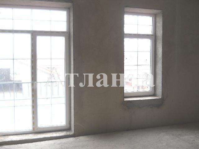 Продается 2-комнатная квартира на ул. Софиевская — 66 000 у.е.