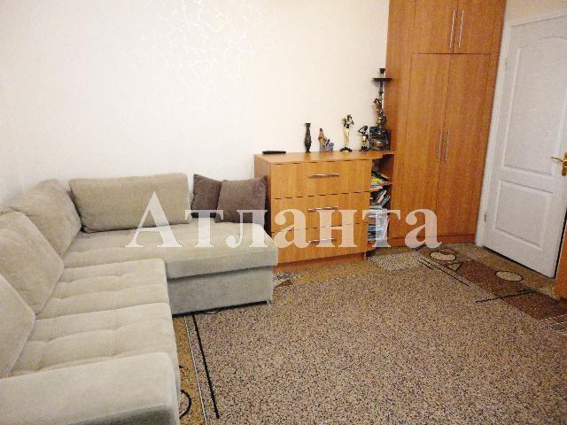 Продается 2-комнатная квартира на ул. Днепропетр. Дор. — 46 000 у.е.