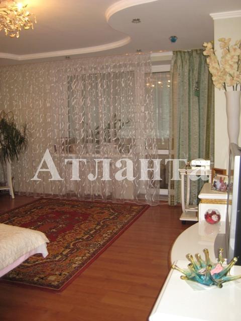 Продается 1-комнатная квартира на ул. Днепропетр. Дор. — 52 500 у.е.