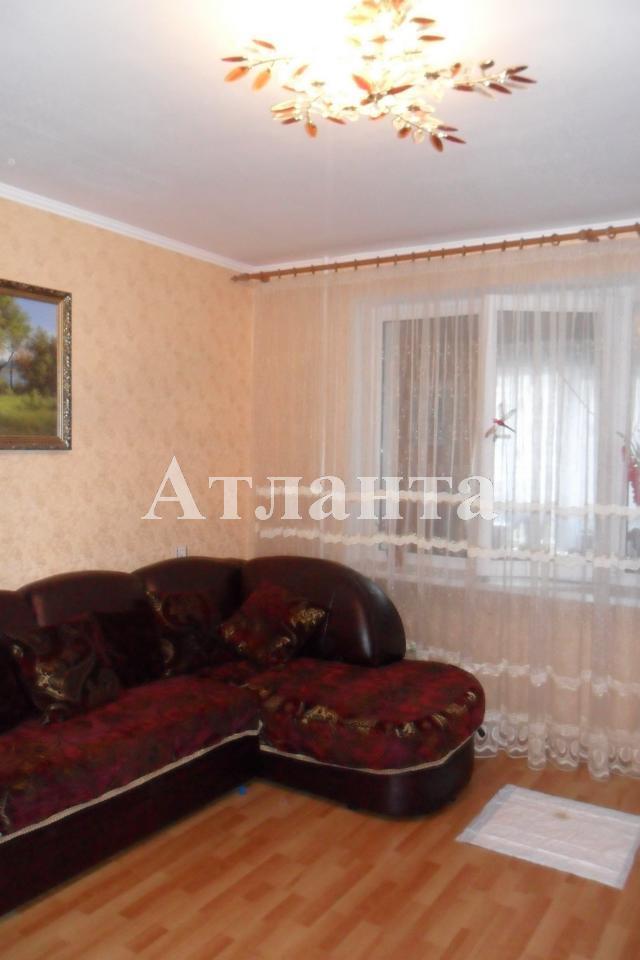Продается 3-комнатная квартира на ул. Бочарова Ген. — 70 000 у.е.