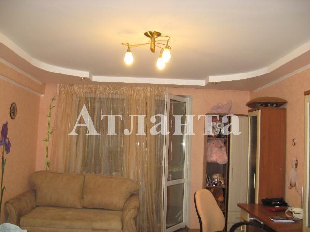 Продается 2-комнатная квартира на ул. Проспект Добровольского — 58 000 у.е.