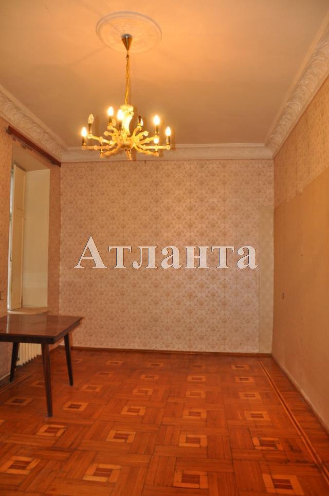 Продается 3-комнатная квартира на ул. Ольгиевская — 50 000 у.е.