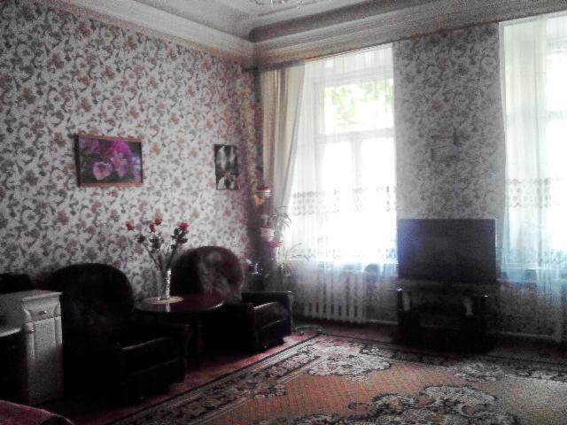 Продается 4-комнатная квартира на ул. Нечипуренко Пер. — 115 000 у.е.