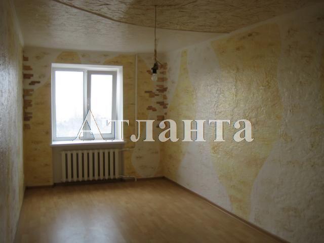 Продается 4-комнатная квартира на ул. Николаевская Дор. — 70 000 у.е.
