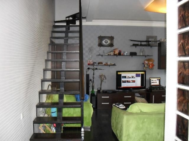 Продается 4-комнатная квартира на ул. Разумовская — 90 000 у.е.