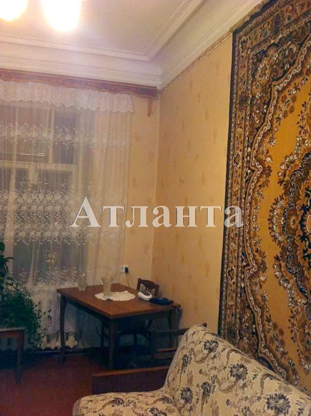 Продается 4-комнатная квартира на ул. Книжный Пер. — 65 000 у.е.