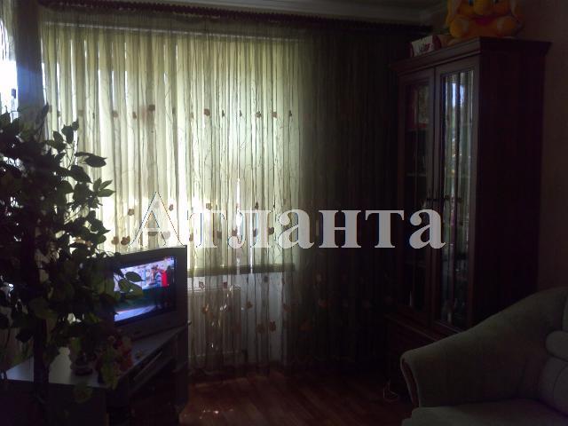 Продается 2-комнатная квартира на ул. Тепличная — 16 500 у.е.