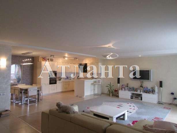 Продается 3-комнатная квартира в новострое на ул. Обсерваторный Пер. — 250 000 у.е.