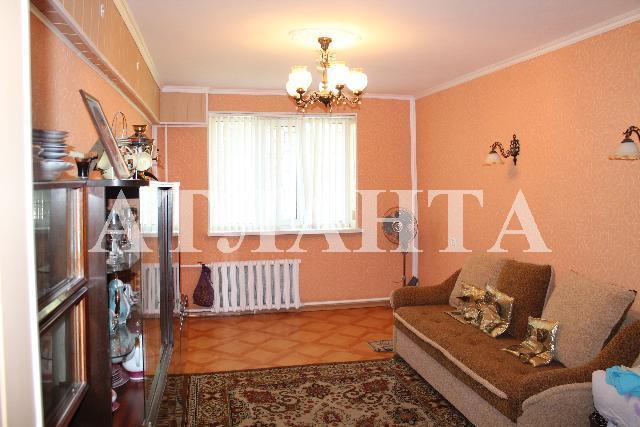 Продается 3-комнатная квартира на ул. Центральная — 27 000 у.е.
