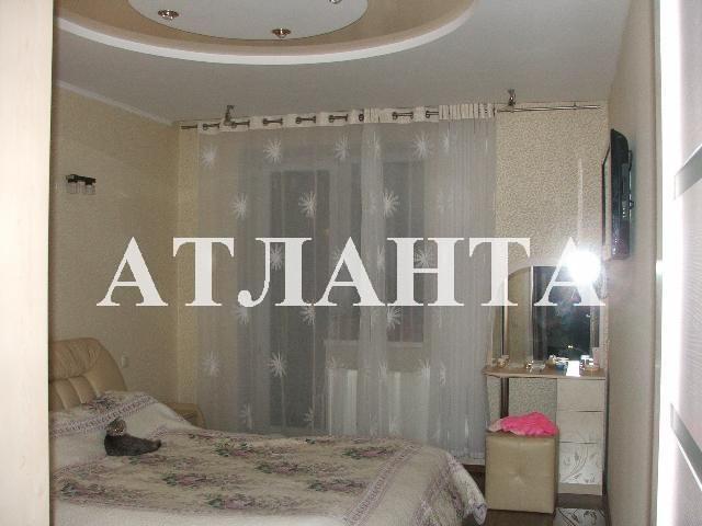 Продается 3-комнатная квартира на ул. Днепропетр. Дор. — 78 000 у.е.